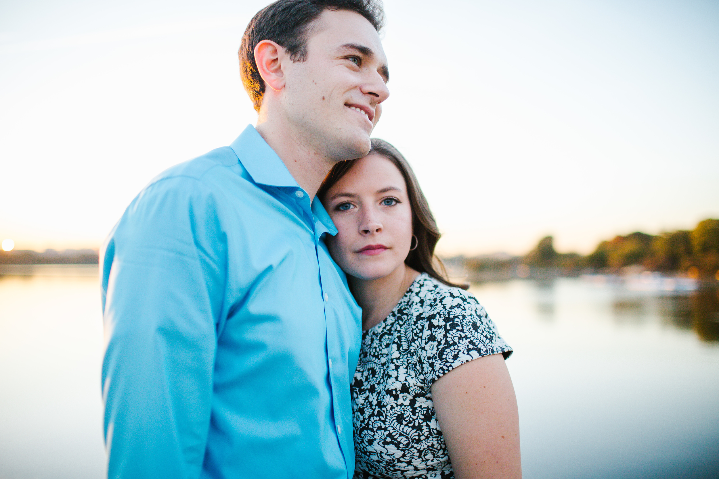 fall engagement photos in washington dc