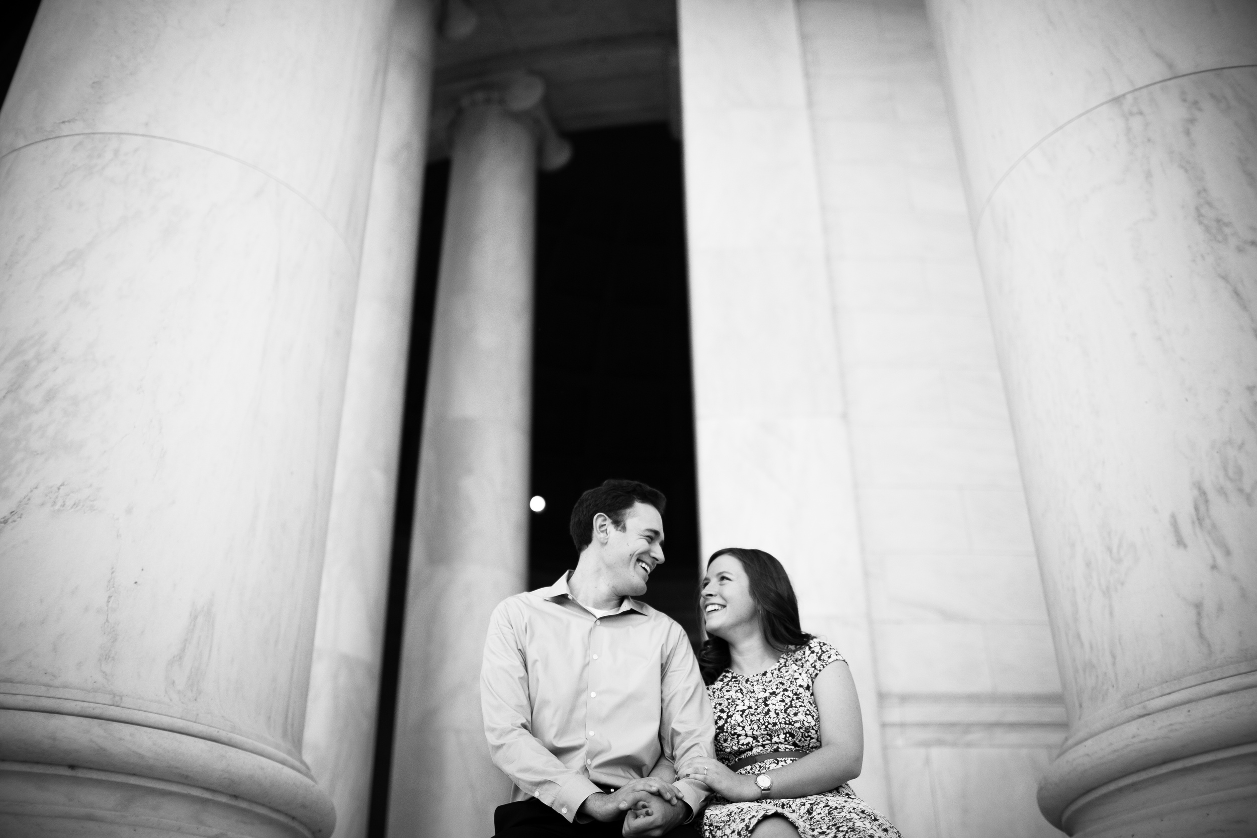 jefferson memorial portraits of bride and groom