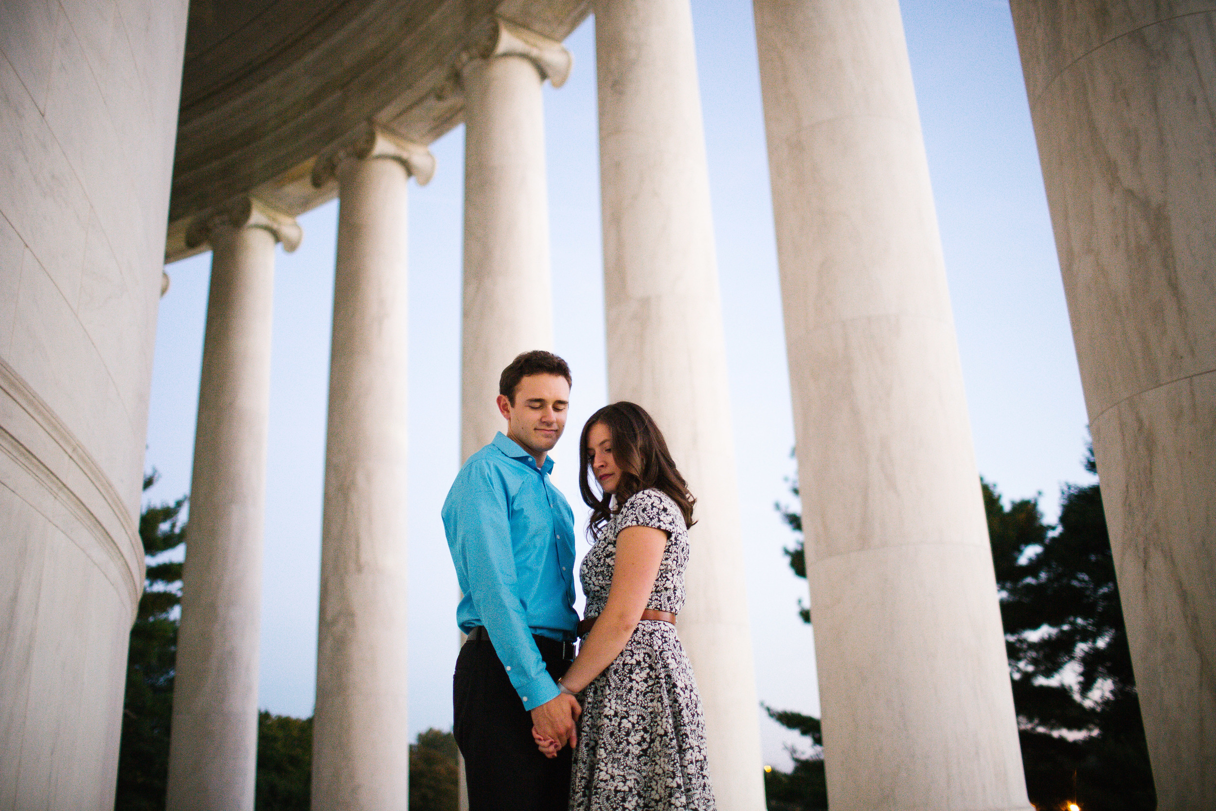 fall engagement photos at the jefferson memorial in washington dc