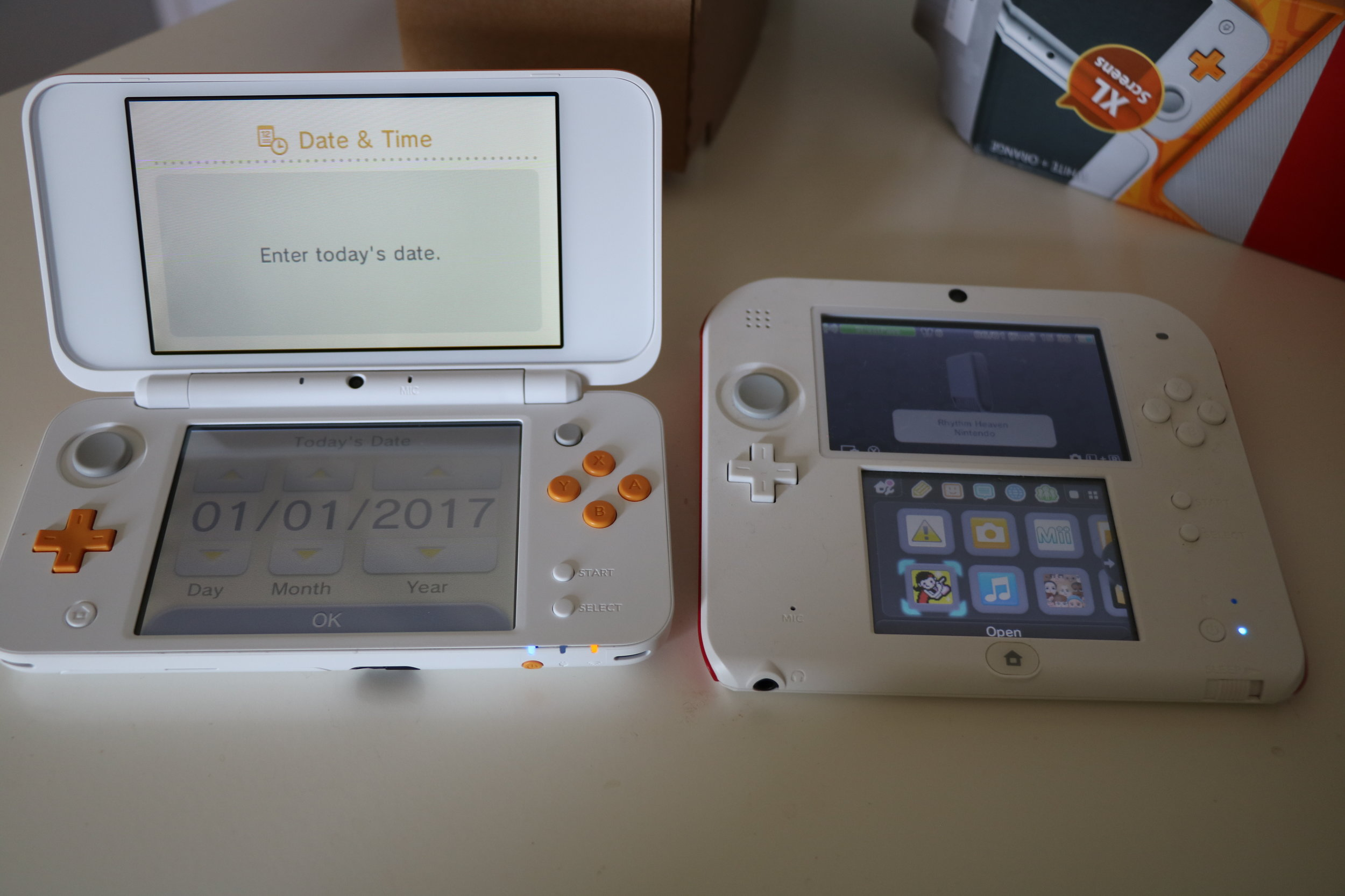 The size difference between the N2DSXL and original 2DS is apparent even to me.