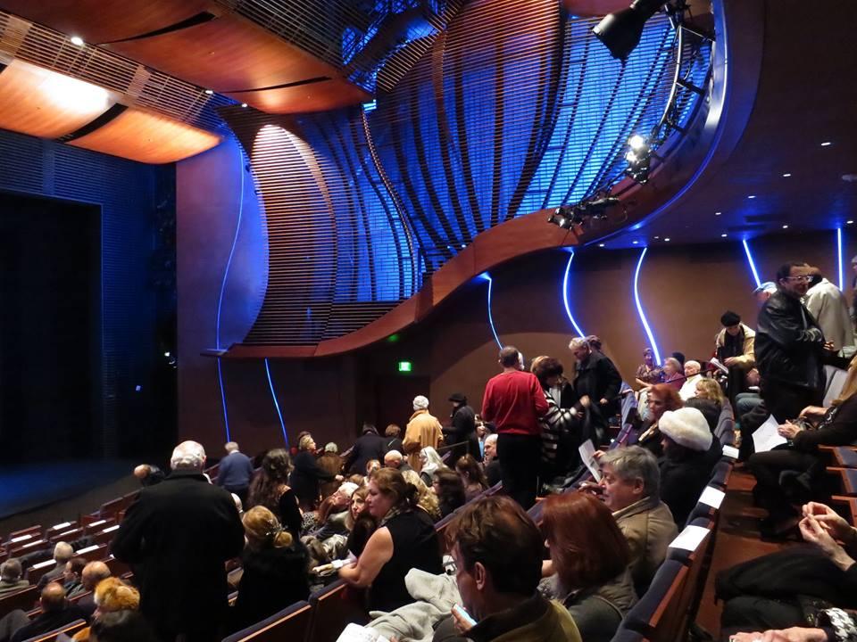 WS05_Crowd at Wallis Theater.jpg