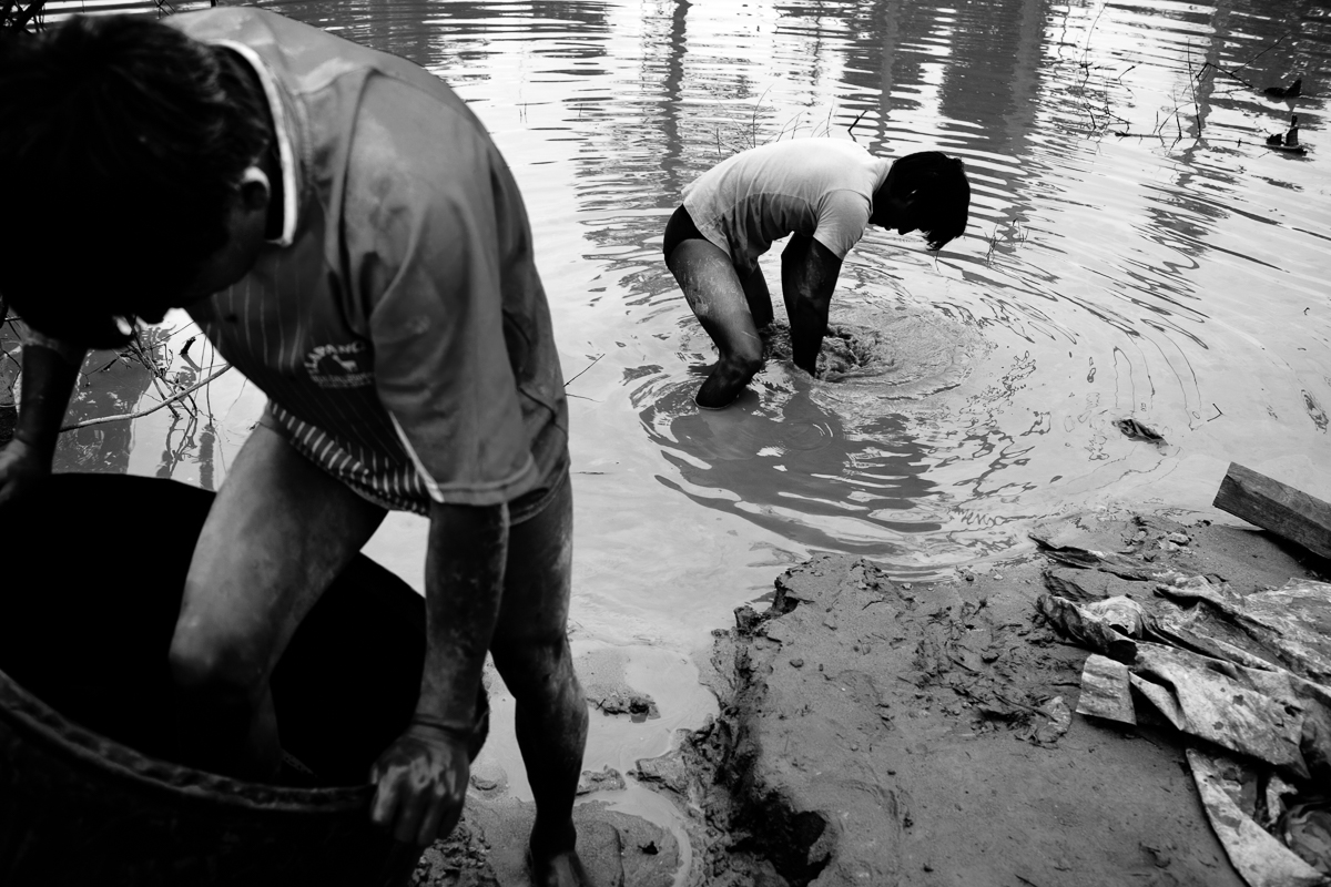 Illegal gold miners in Madre de Dios, Peru (2010).