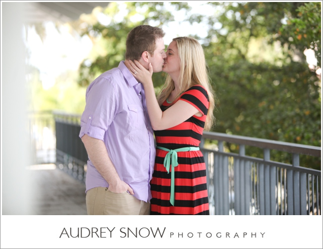 audreysnow-3rd-street-naples-engagement-session_0452.jpg