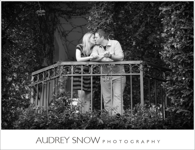 audreysnow-3rd-street-naples-engagement-session_0461.jpg
