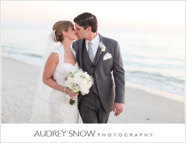 audreysnow-laplaya-wedding-photography_0926.jpg