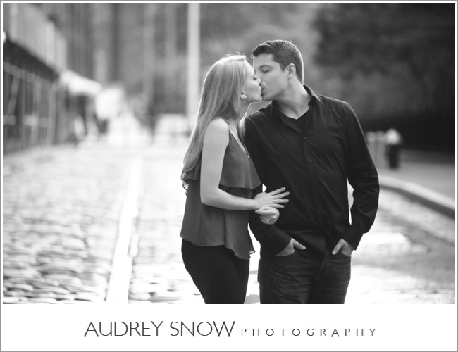 audreysnow-photography-brooklyn-engagement-session_1128.jpg