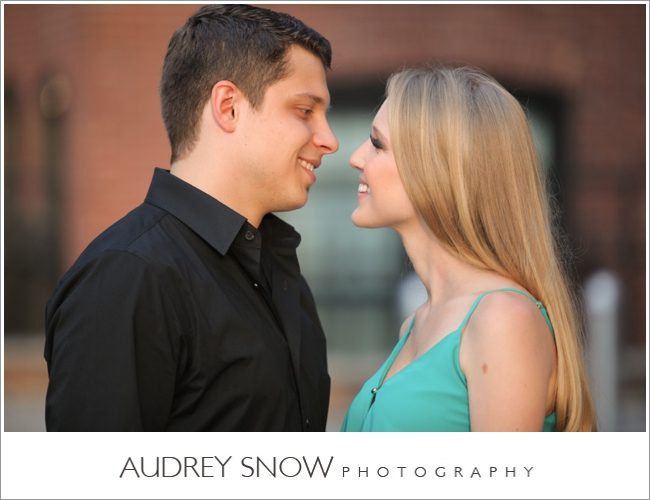 audreysnow-photography-brooklyn-engagement-session_1129.jpg