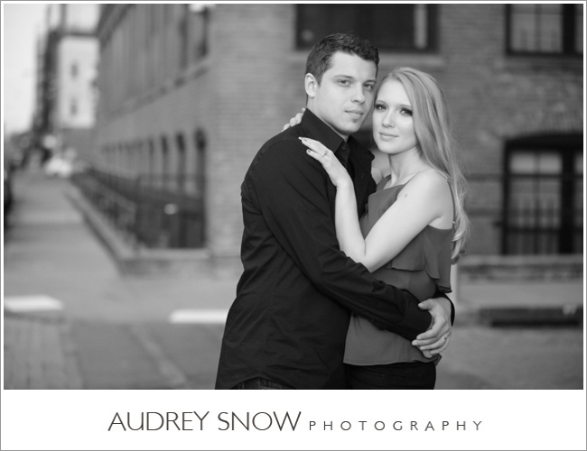 audreysnow-photography-brooklyn-engagement-session_1131.jpg