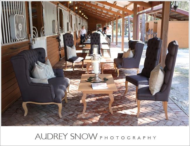 audreysnow-photography-naples-barn-wedding_1811.jpg