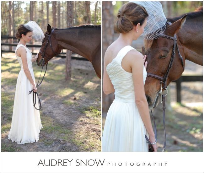 audreysnow-photography-naples-barn-wedding_1827.jpg
