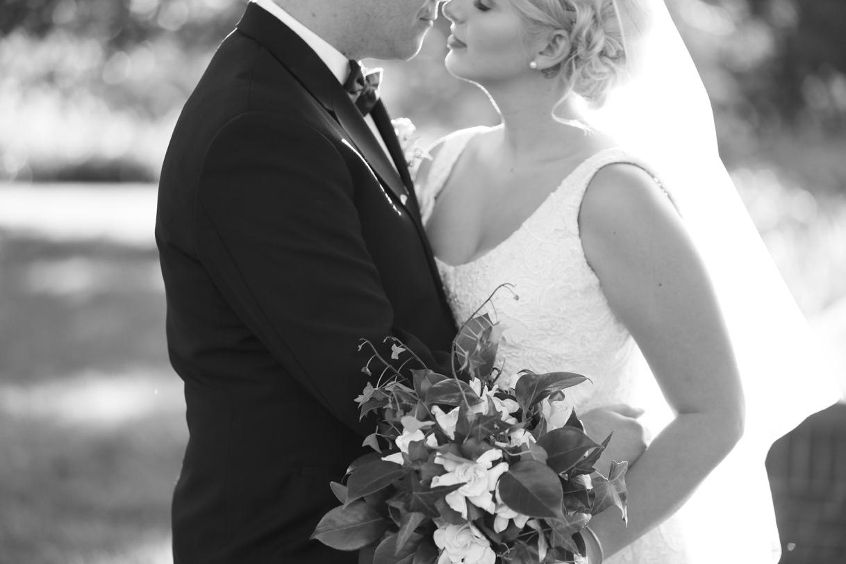 audreysnow-photography-kansas-city-wedding-photographer-longview-mansion_4060.jpg