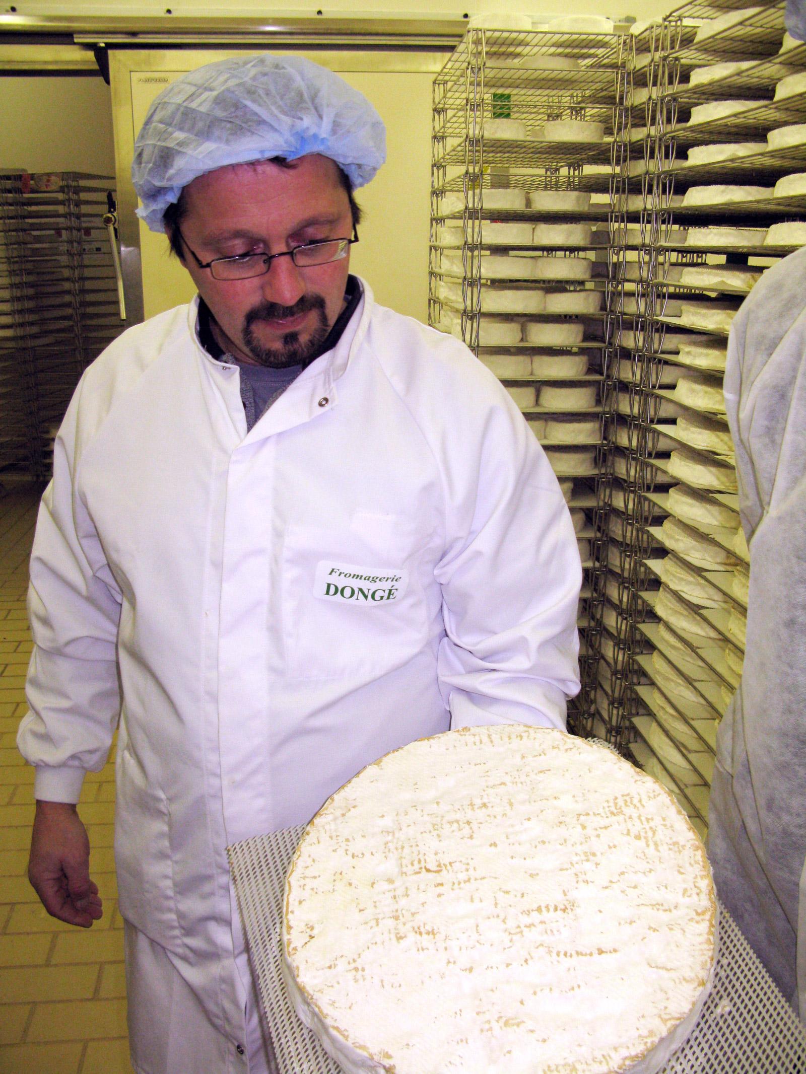 Brie de Meaux ripe and ready