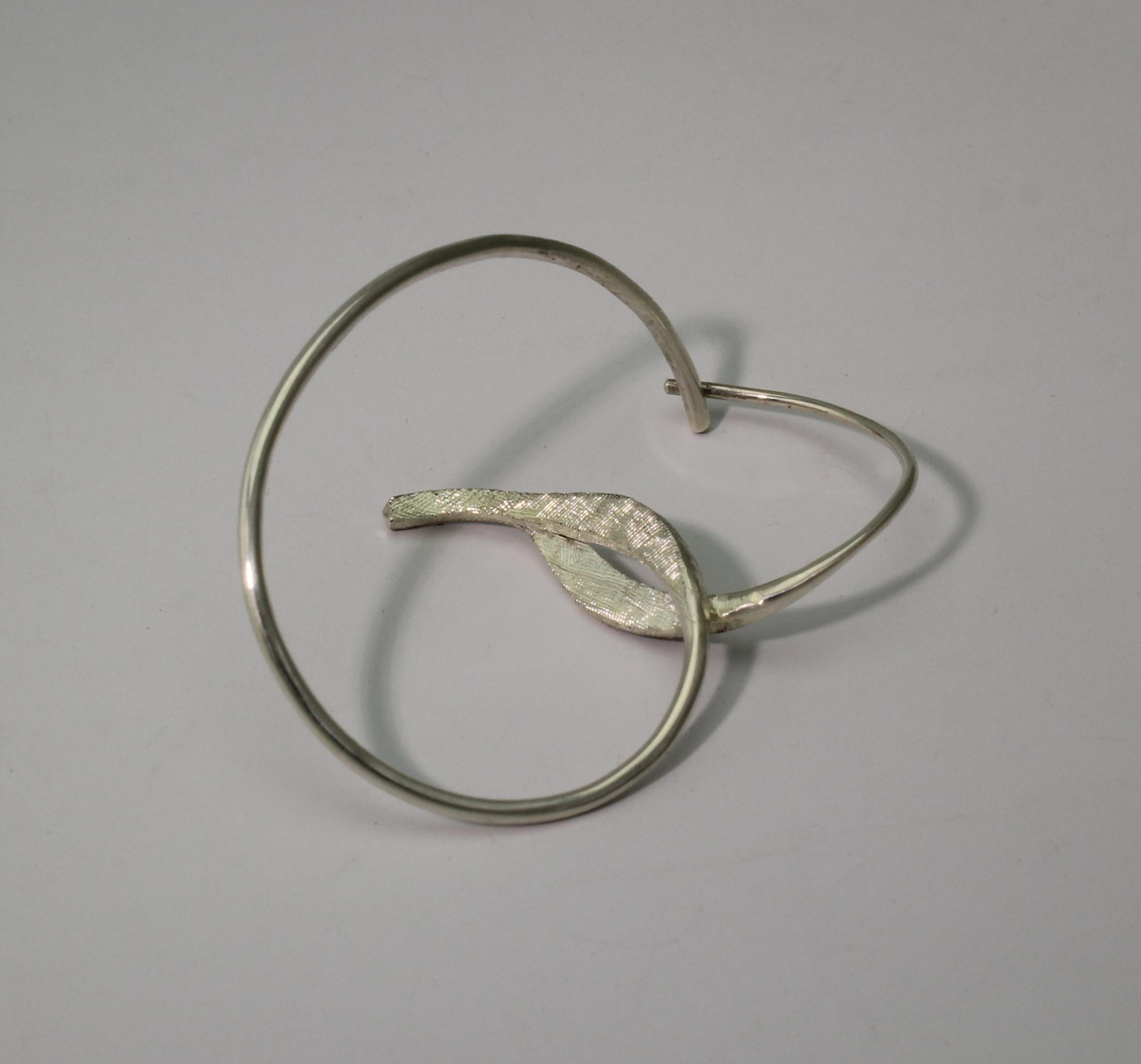 Line Drawing Earring