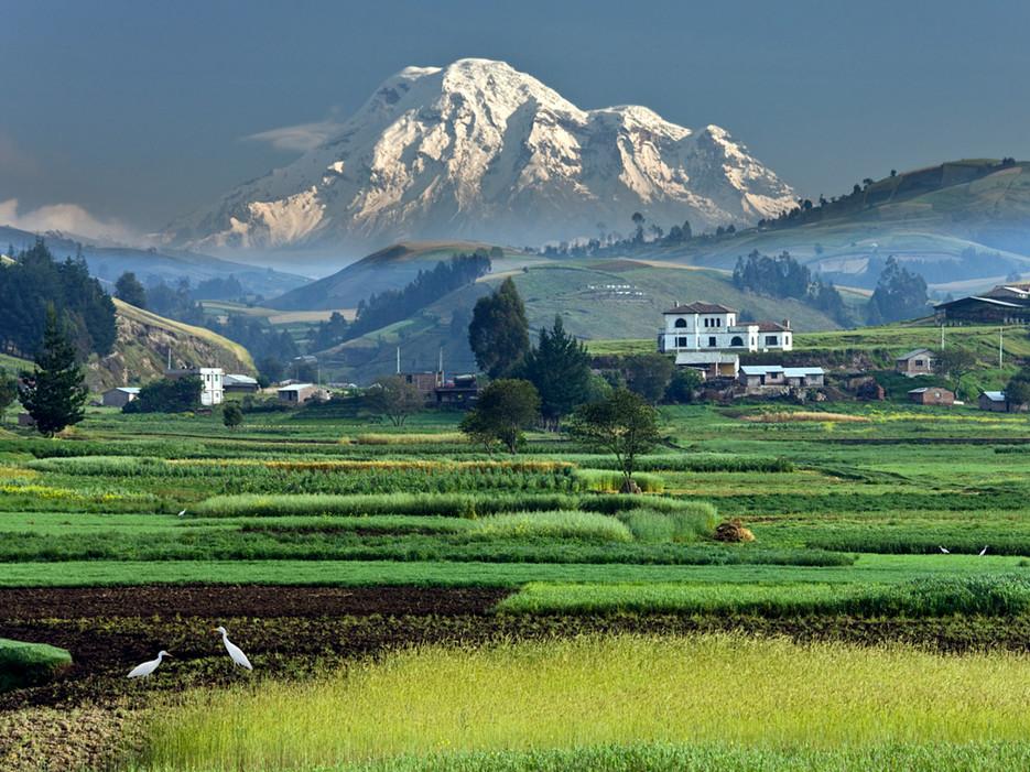 53d9c7e3dcd5888e1459d5b8_mount-chimborizo-ecuador-equator-tallest-mountain.jpg