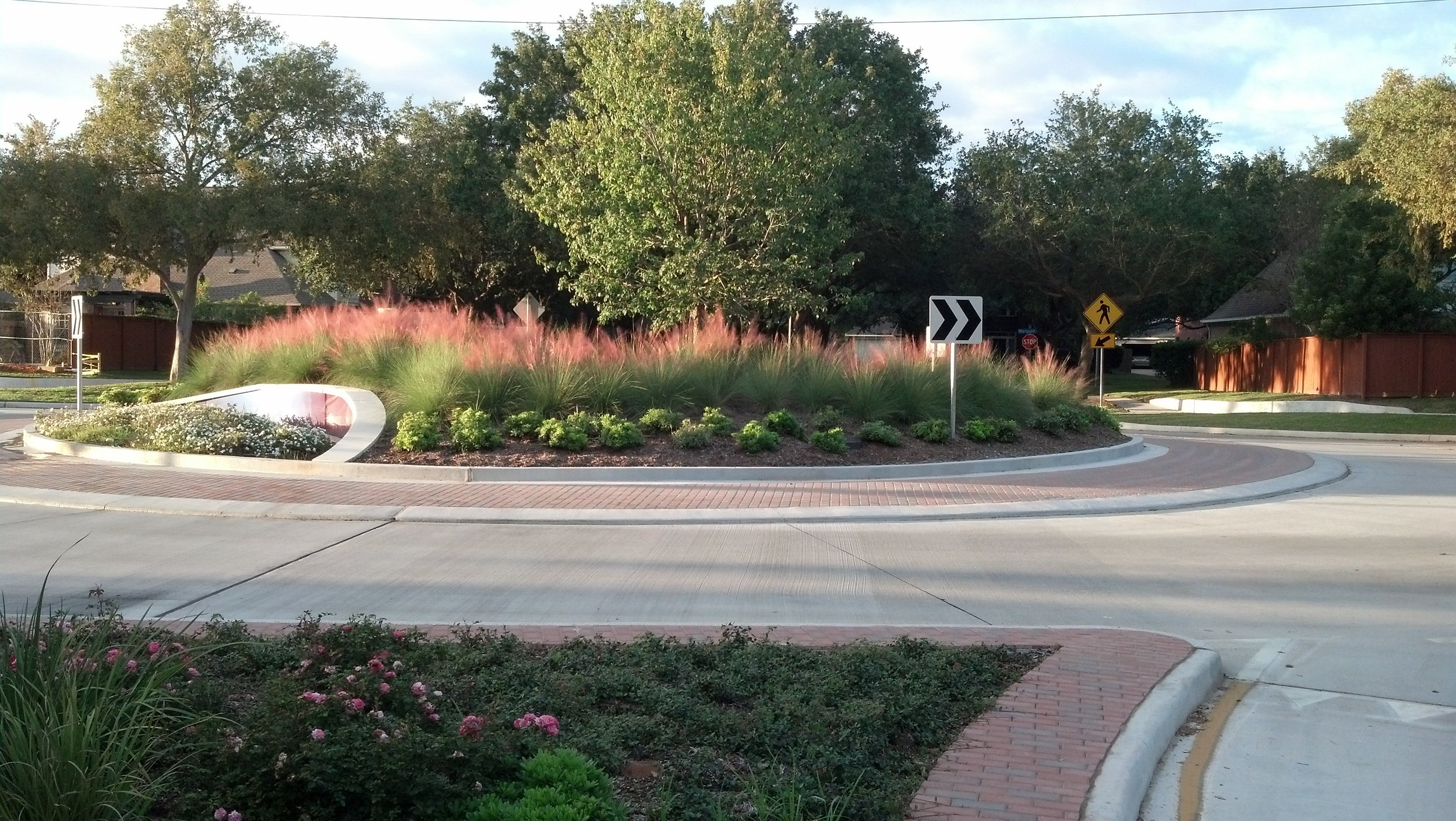 SL Lexington Oxbow Roundabout IMG_20131119_164953_468.jpg