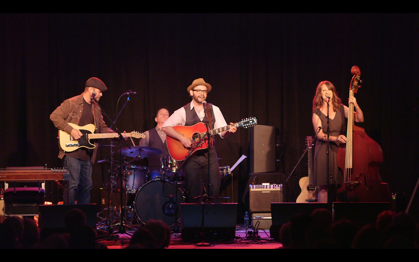 Misner & Smith (full band) photo by Pint of Soul.png