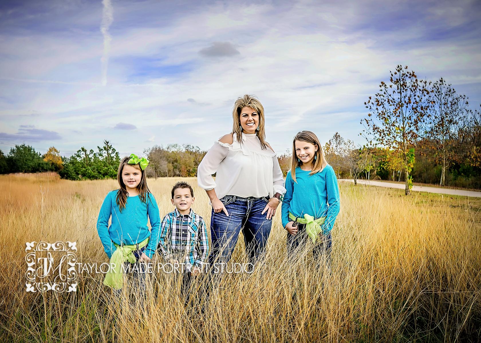 Round_Rock_Family_Photographer.jpg
