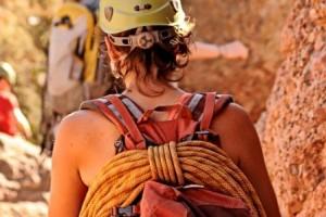 climbers rope pinnacles.jpg