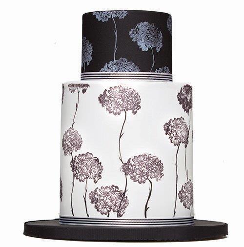 black-white-floral-cake-web.jpg