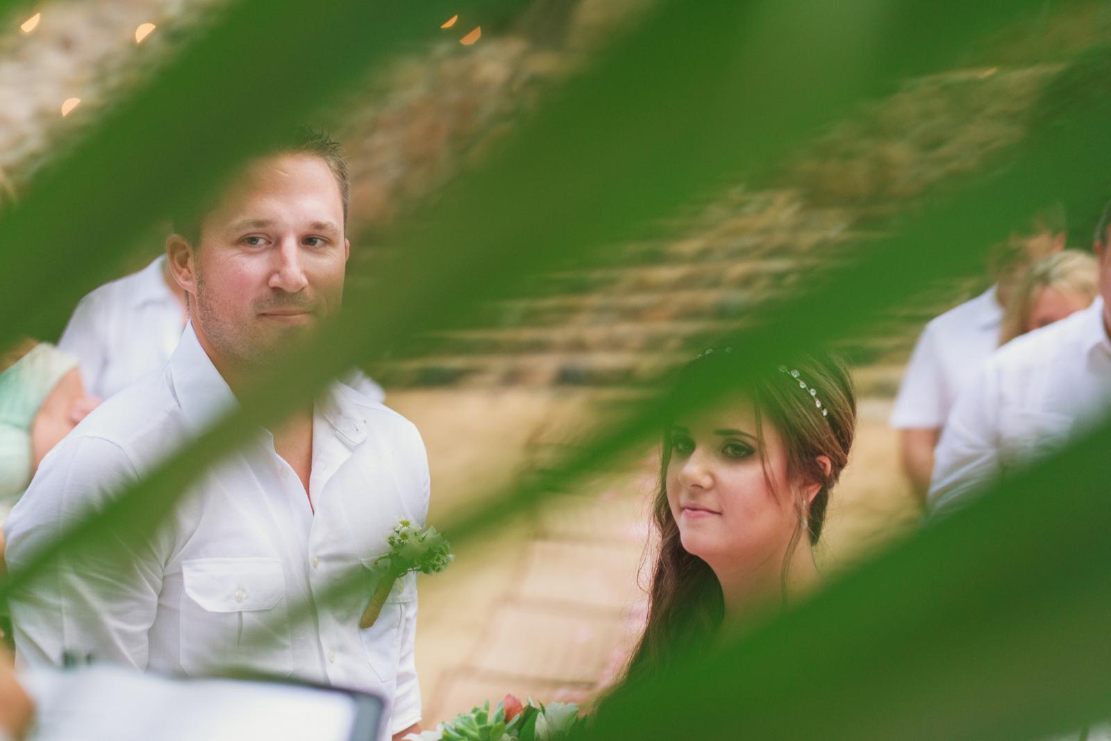 las-caletas-wedding-palm-leaves