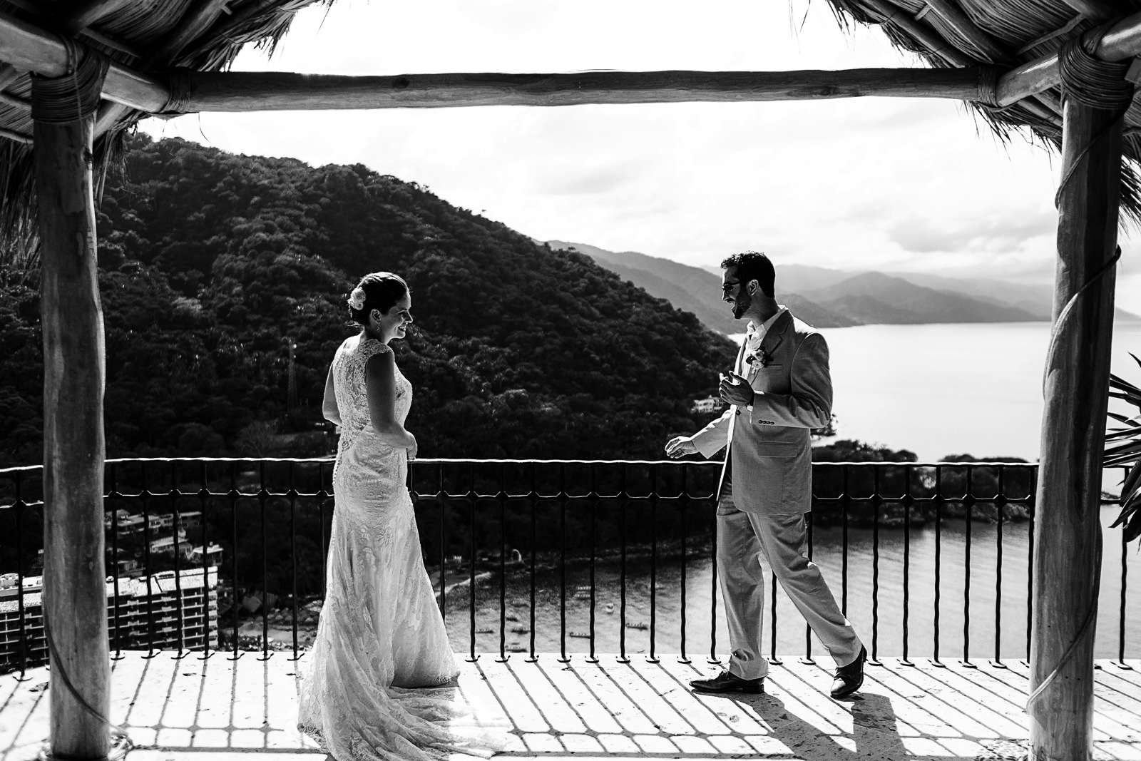 mismaloya-view-wedding