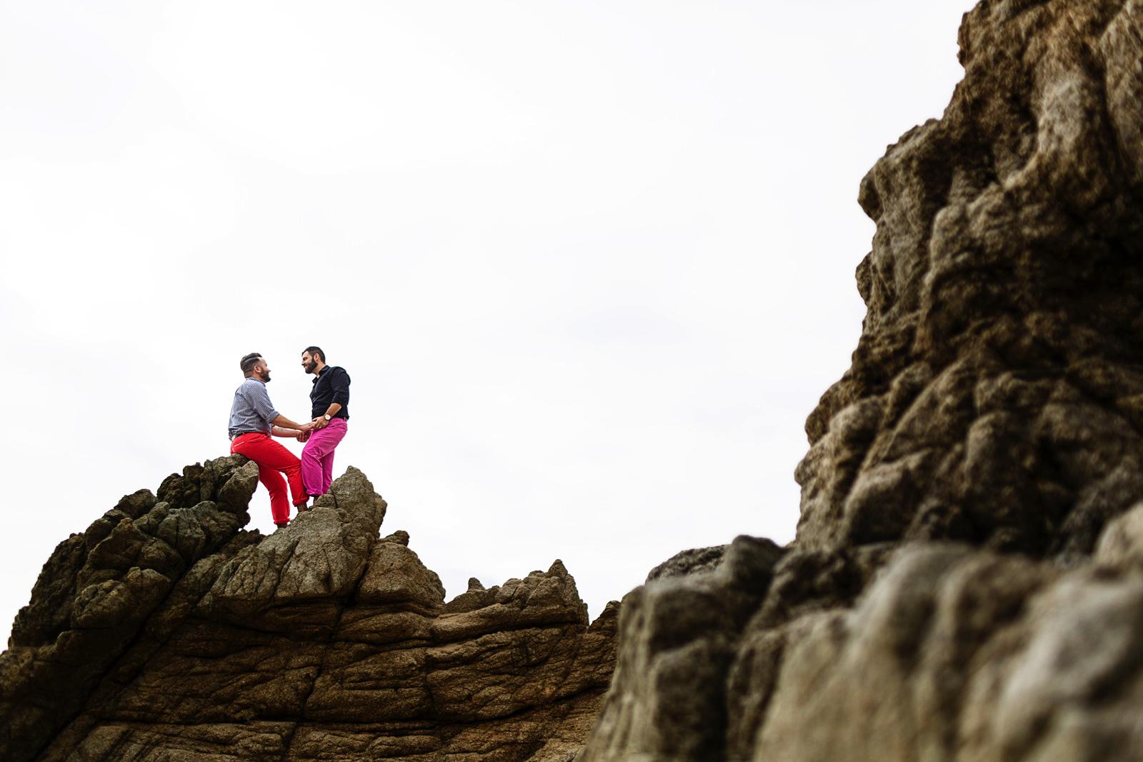 gay-couple-on-rocks