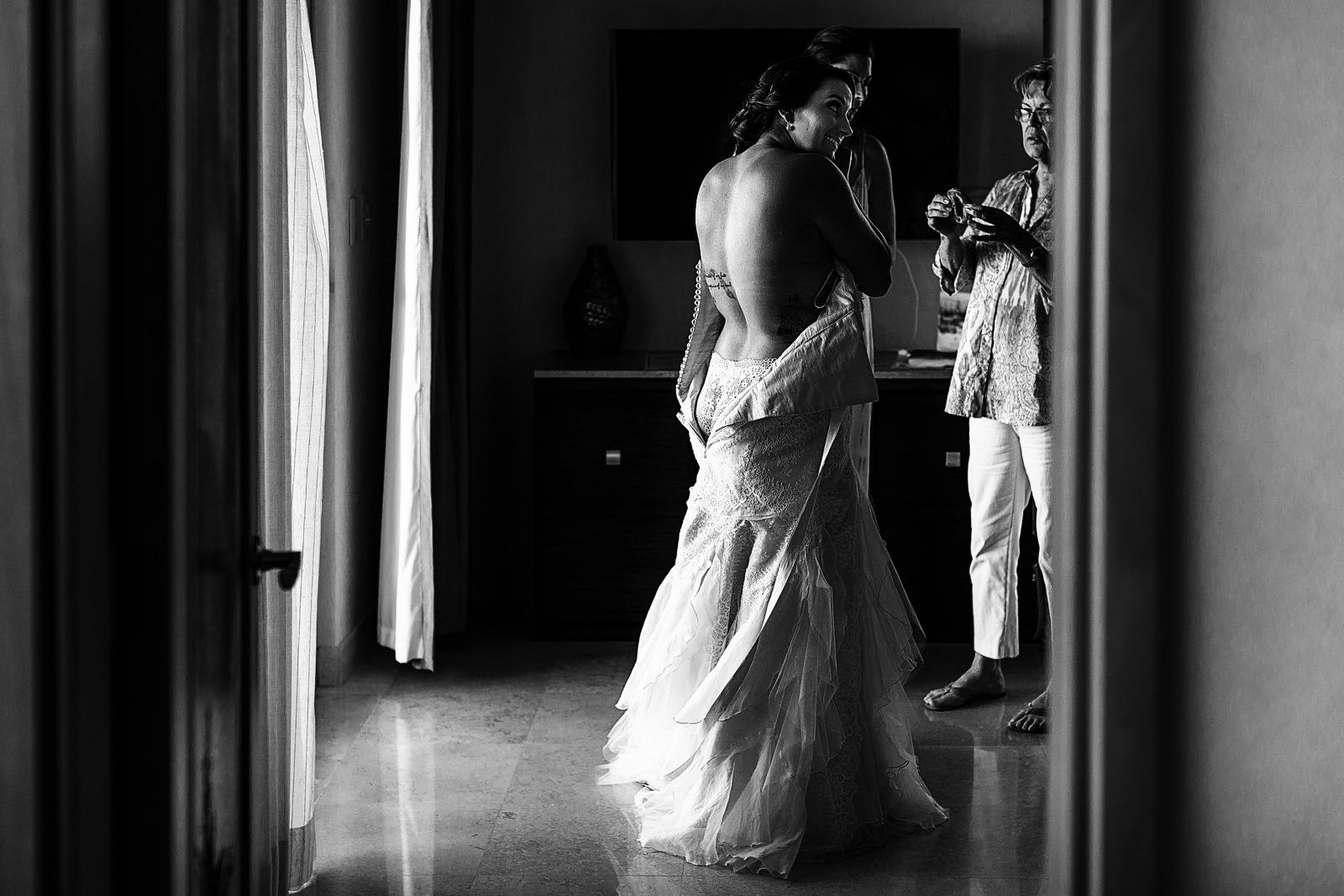 bride-dress-hearings