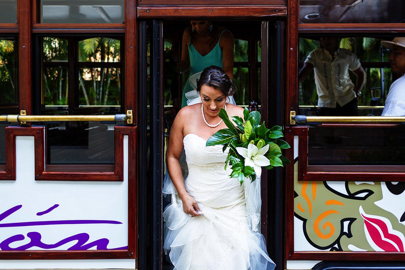 bride-getting-off-the-train