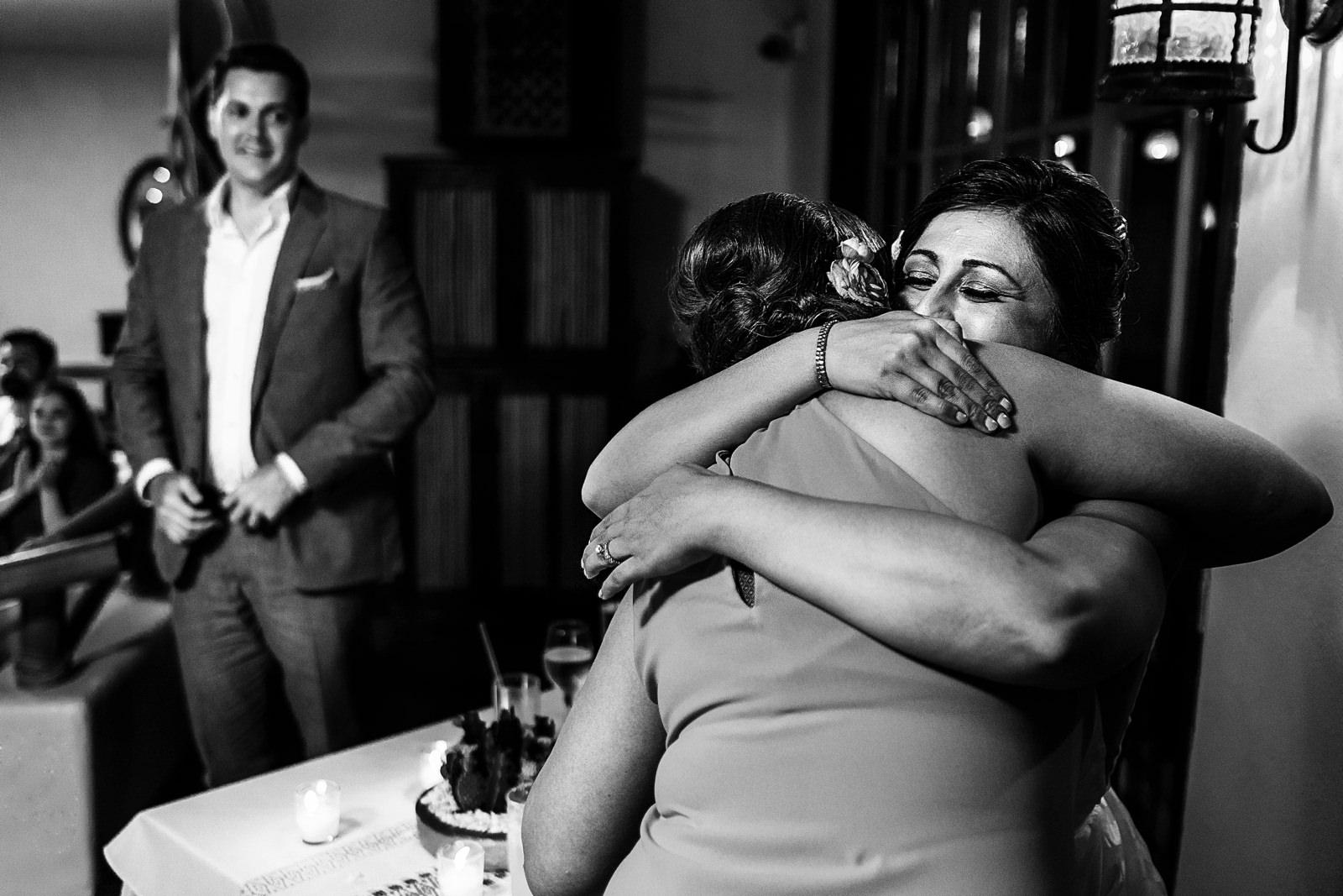 maid-of-honor-hugs-bride-speech