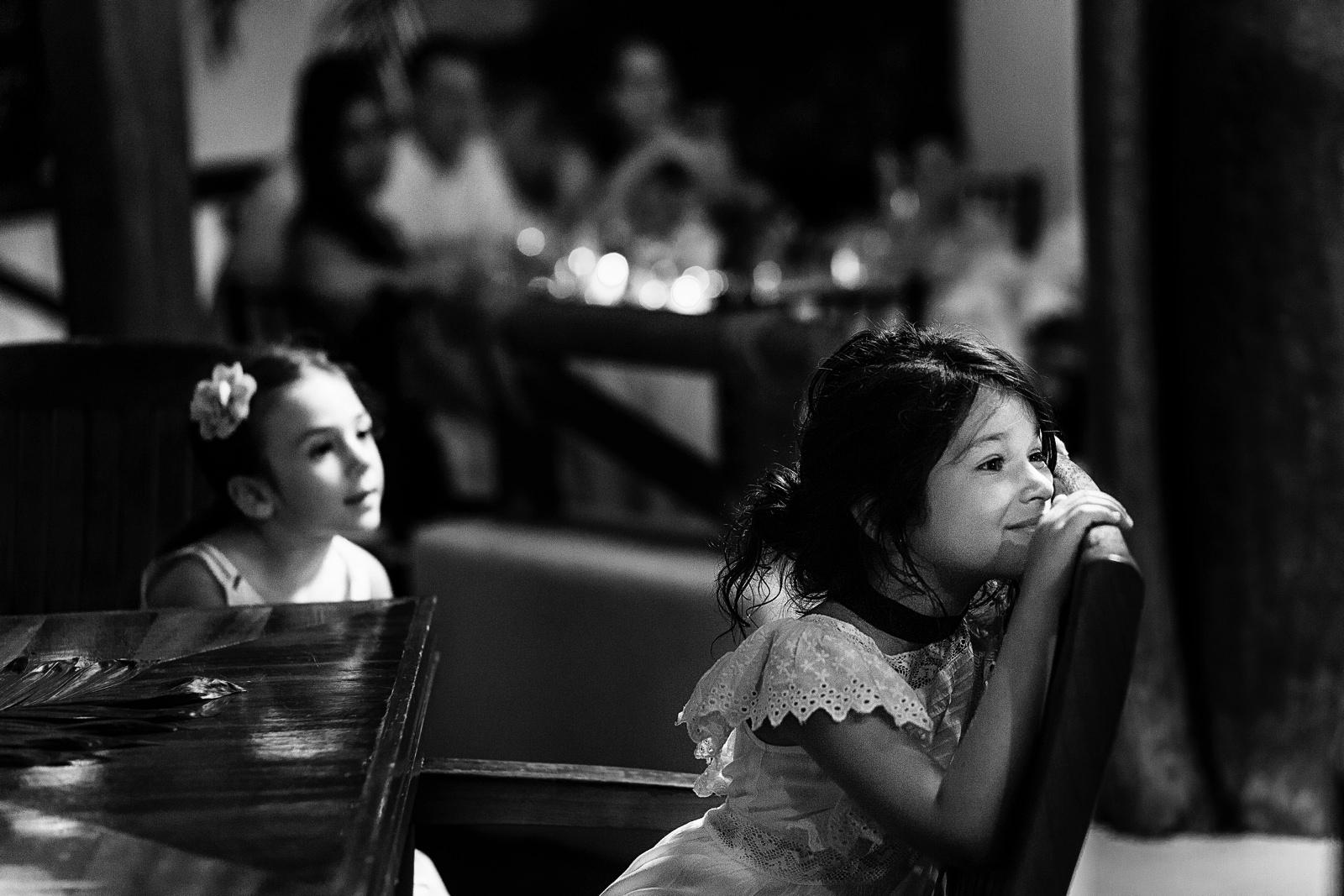girls-listen-speeches