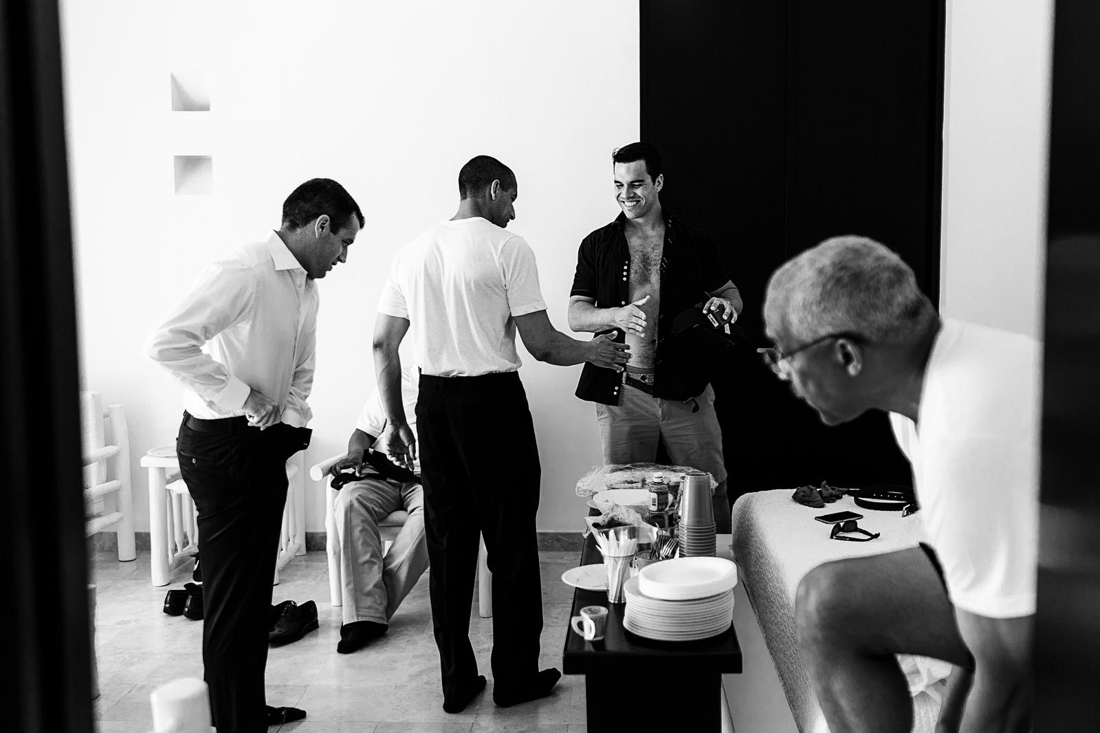 Groom-and-groomsmen-room