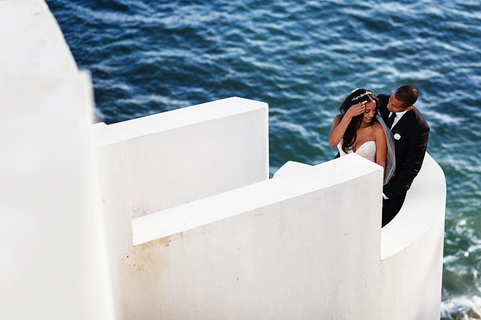 casa-china-blanca-groom-bride-portrait-pacific-ocean
