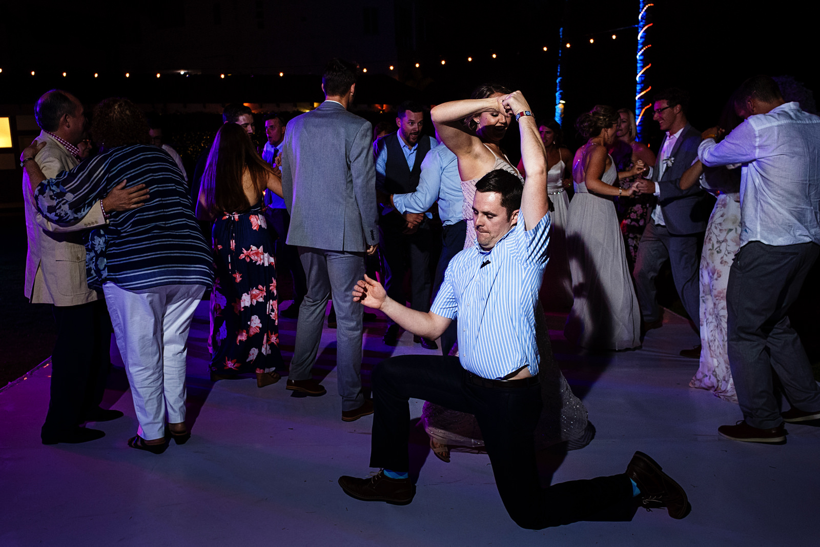 Crazy dance moves from wedding guests