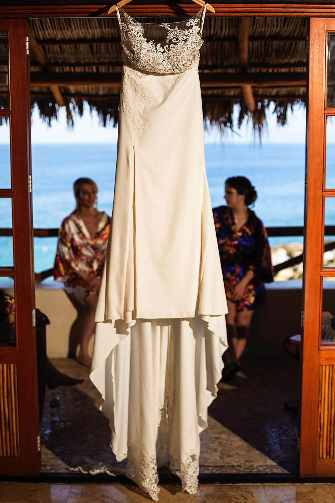 wedding-dress-bride-robe-bridesmaid-playa-fiesta.jpg