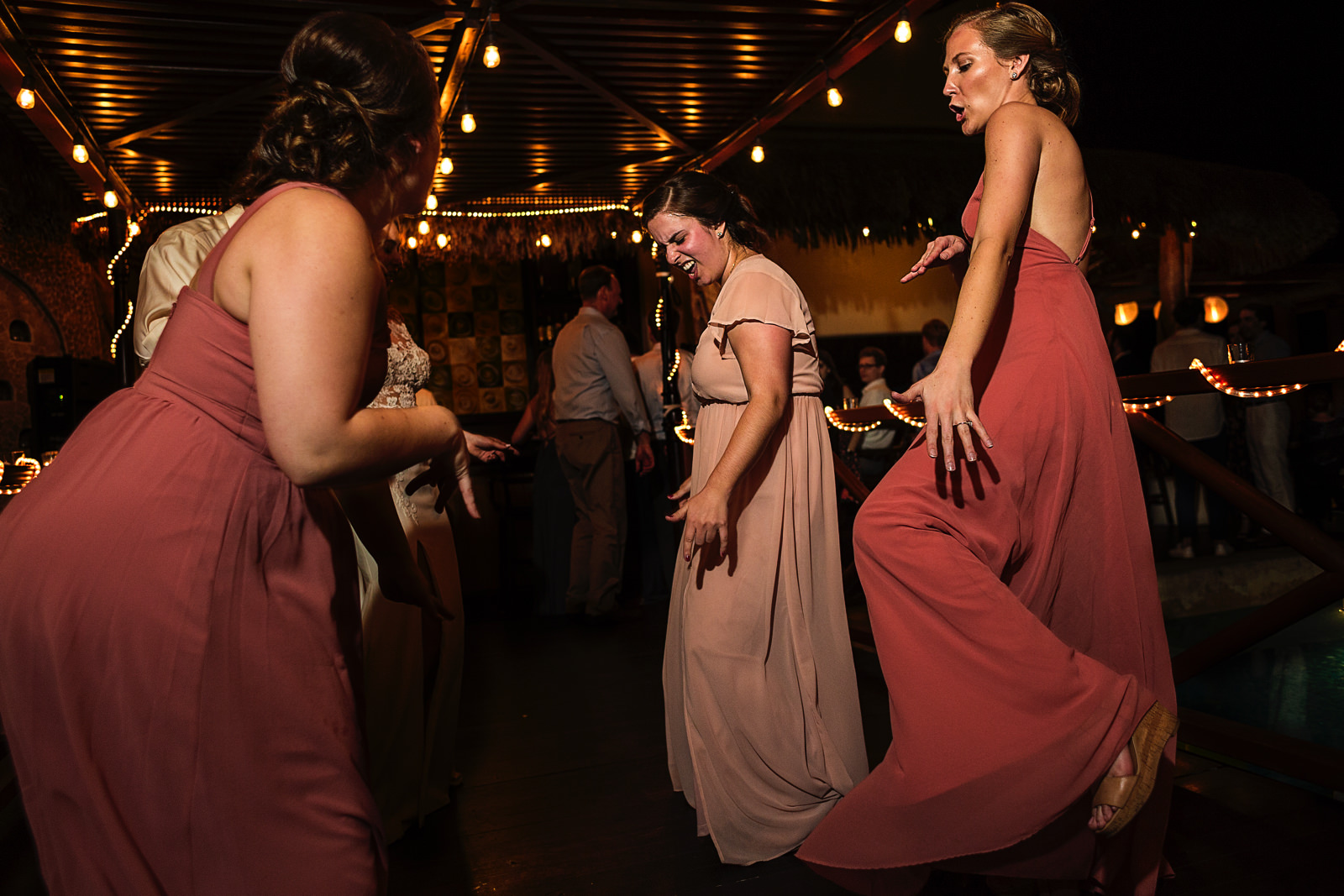 wedding-bridesmaids-party-dance-lights-fun-loving-hotel-playa-fiesta.jpg