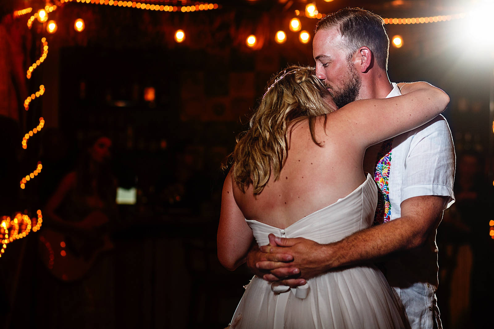 Bride-groom-first-dance-live-singer.jpg