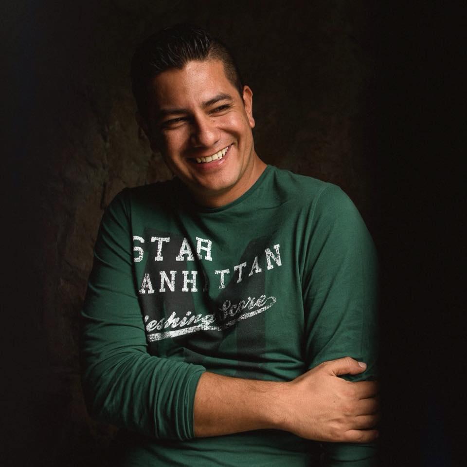 Eder Acevedo personal profile portrait