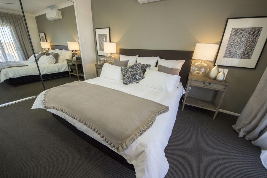 Bed1 (3).jpg