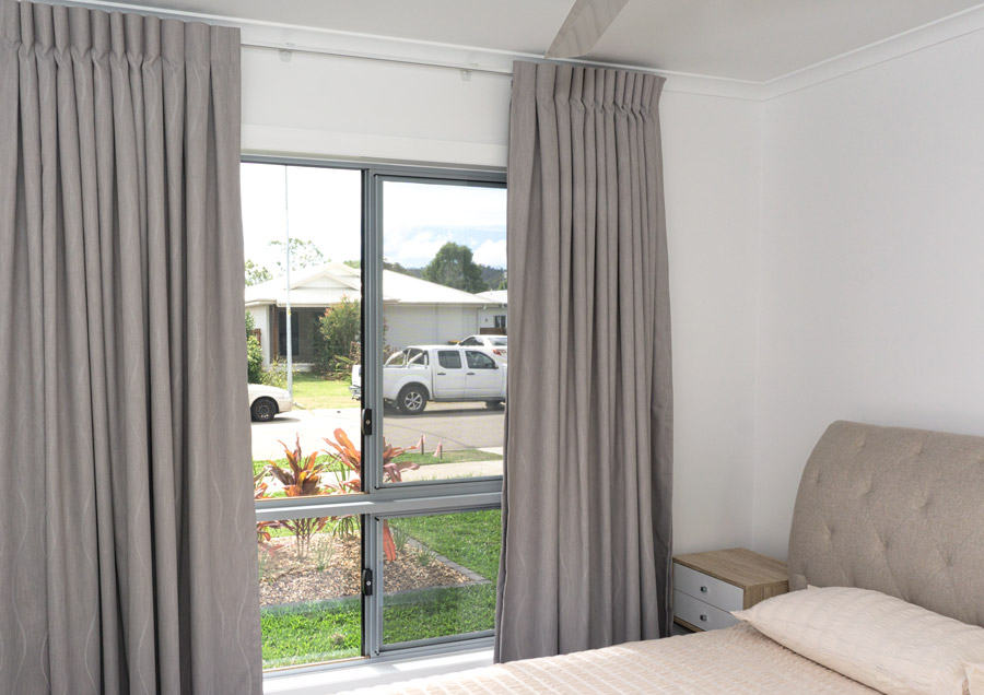 DSC01180-bed-2-900.jpg