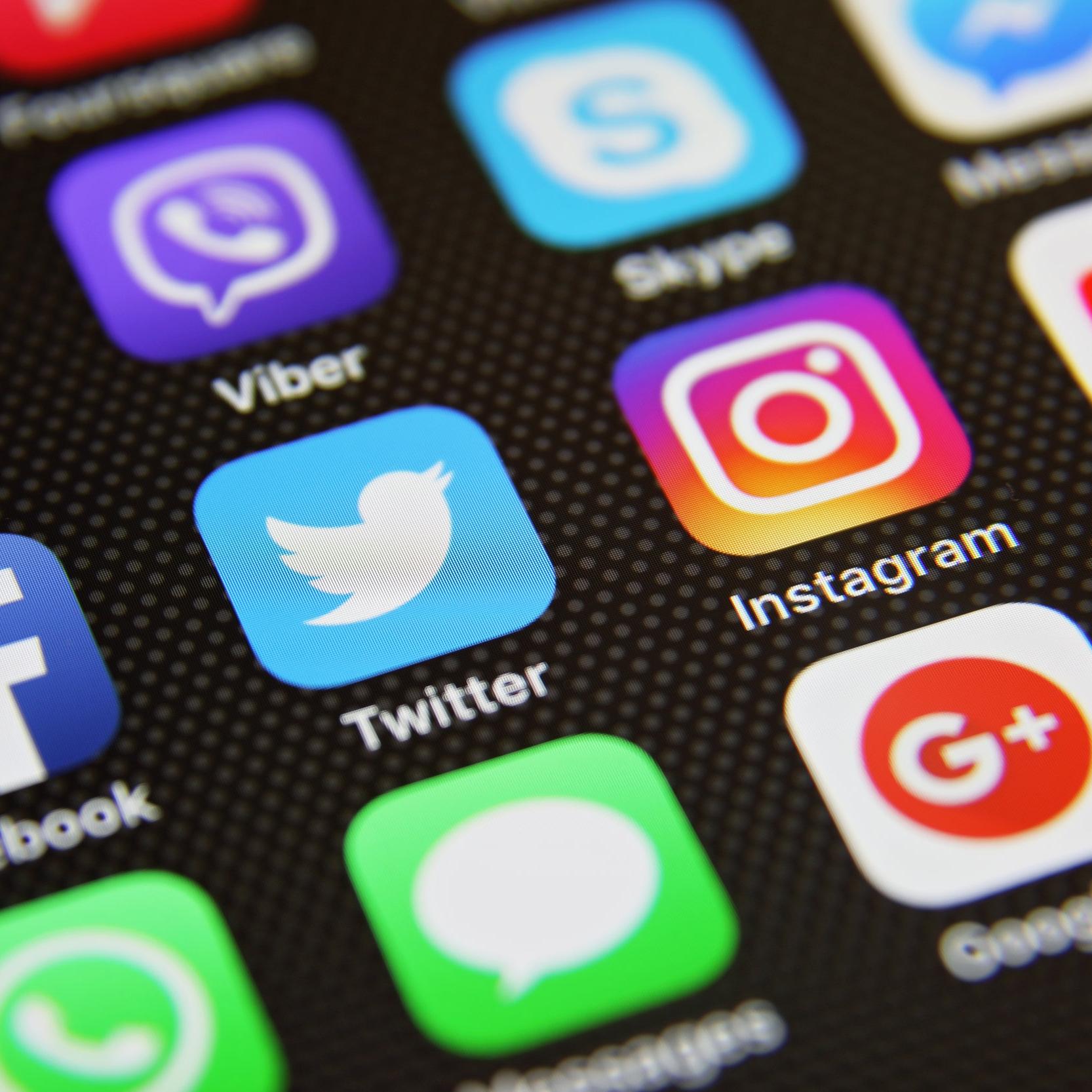 SOCIAL MEDIA - Content CreationSite managmentCreating