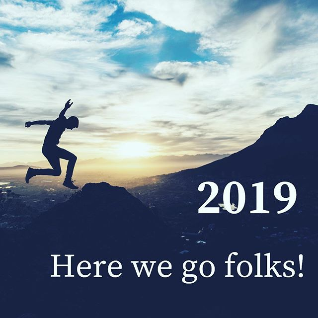 A new beginning has arrived as we leap over the threshold into 2019. • The unknowness of a whole year ahead. The sense of freedom or fear that that can bring up! • This time of year where there is a natural pull towards reflecting, releasing, rebalancing and remembering what is important. A time to figure out how we need to invest in ourselves in order to shine brightly this year. • If you're looking for a way to regularly give yourself space and nourishment in the coming year or simply a way to manage stress, check out my mindful yoga classes. 9am every Saturday in Beckenham starting back on 12th January. Link in bio. • Wishing you creativity and care in meeting life in 2019 🌟🌟🌟 •
