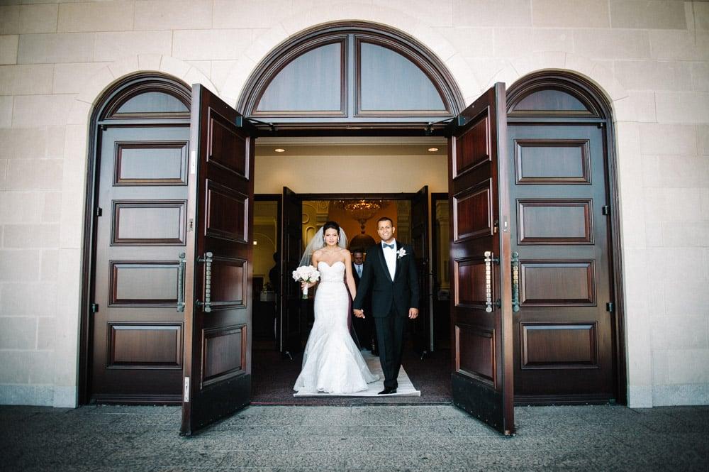 Artistic creative wedding photography for the Montreal Toronto Santorini bride