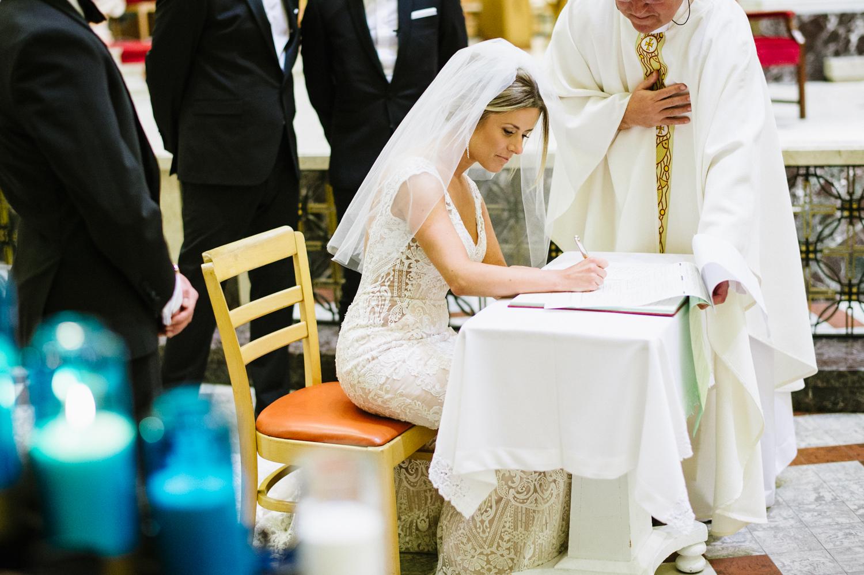 036Montreal Wedding Photographer.jpg