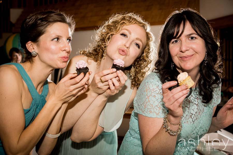 Ashley MacPhee Photography Aaron Bailey Montreal Wedding Photography (15 of 16).jpg