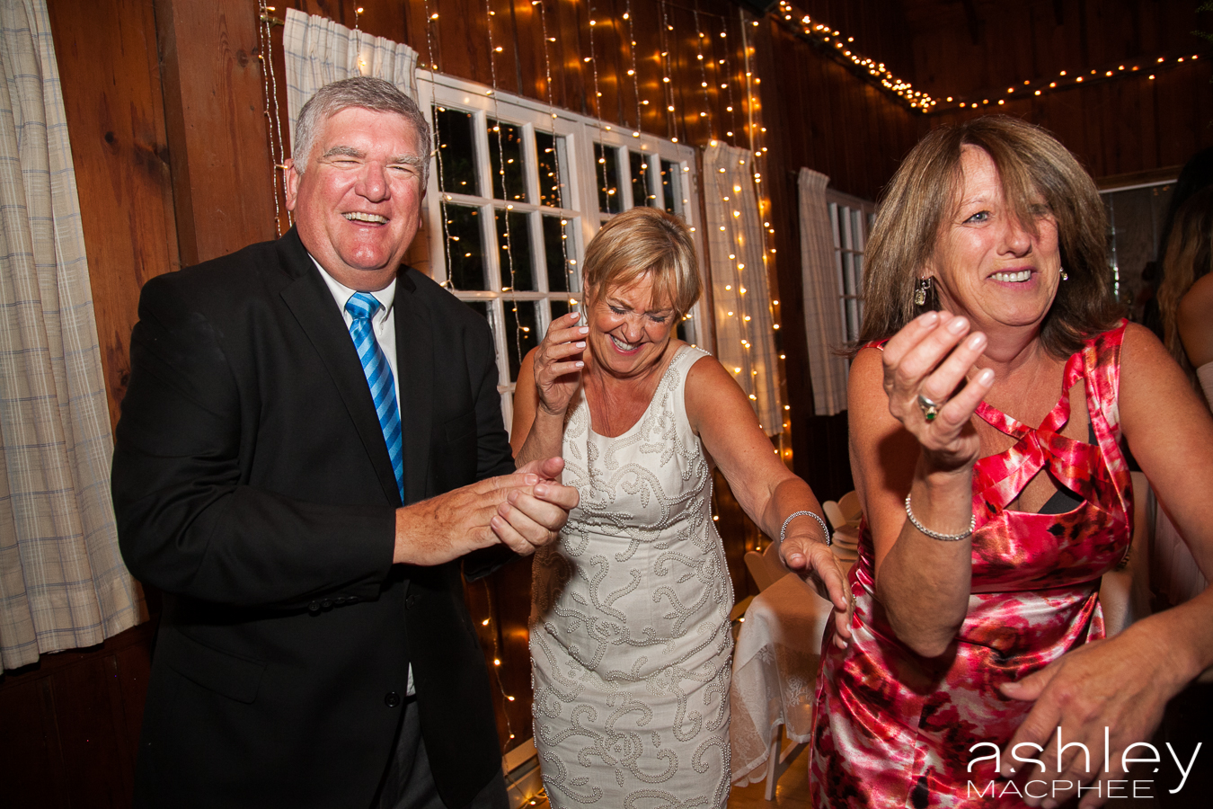 Ashley MacPhee Photography Hudson Yacht Club wedding photographer (86 of 112).jpg