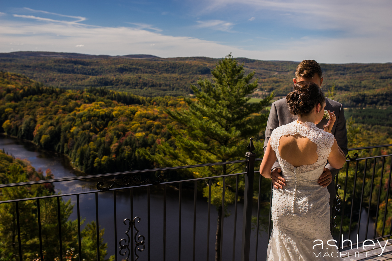Ashley MacPhee Photography Mont Tremblant Wedding Photographer (26 of 92).jpg