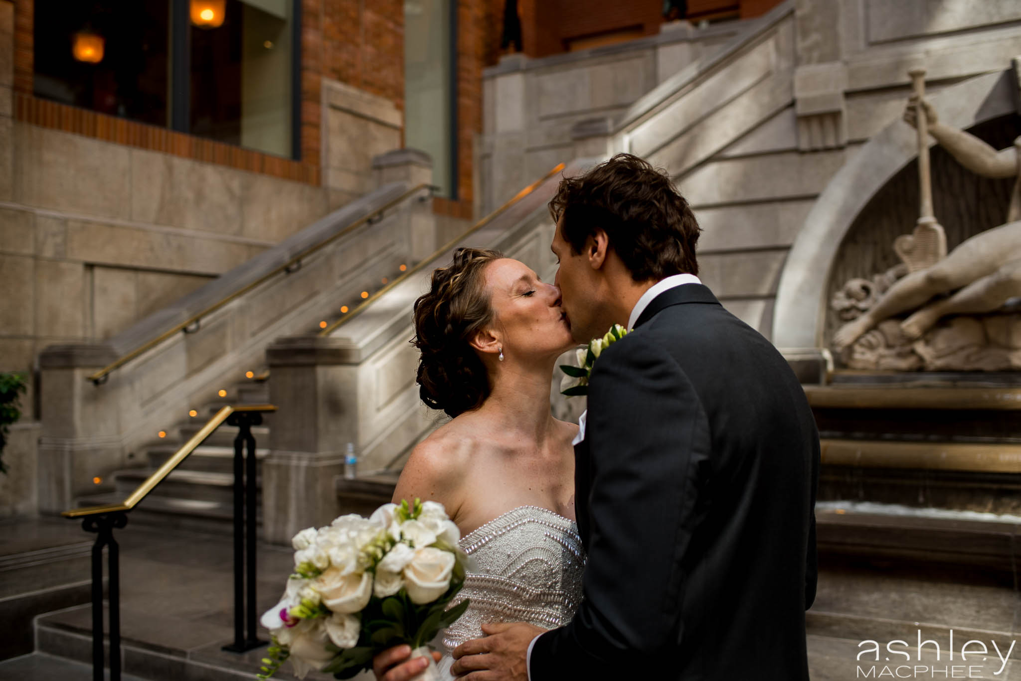 World Trade Center Montreal Wedding photos Jacquie Chris (18 of 101).jpg