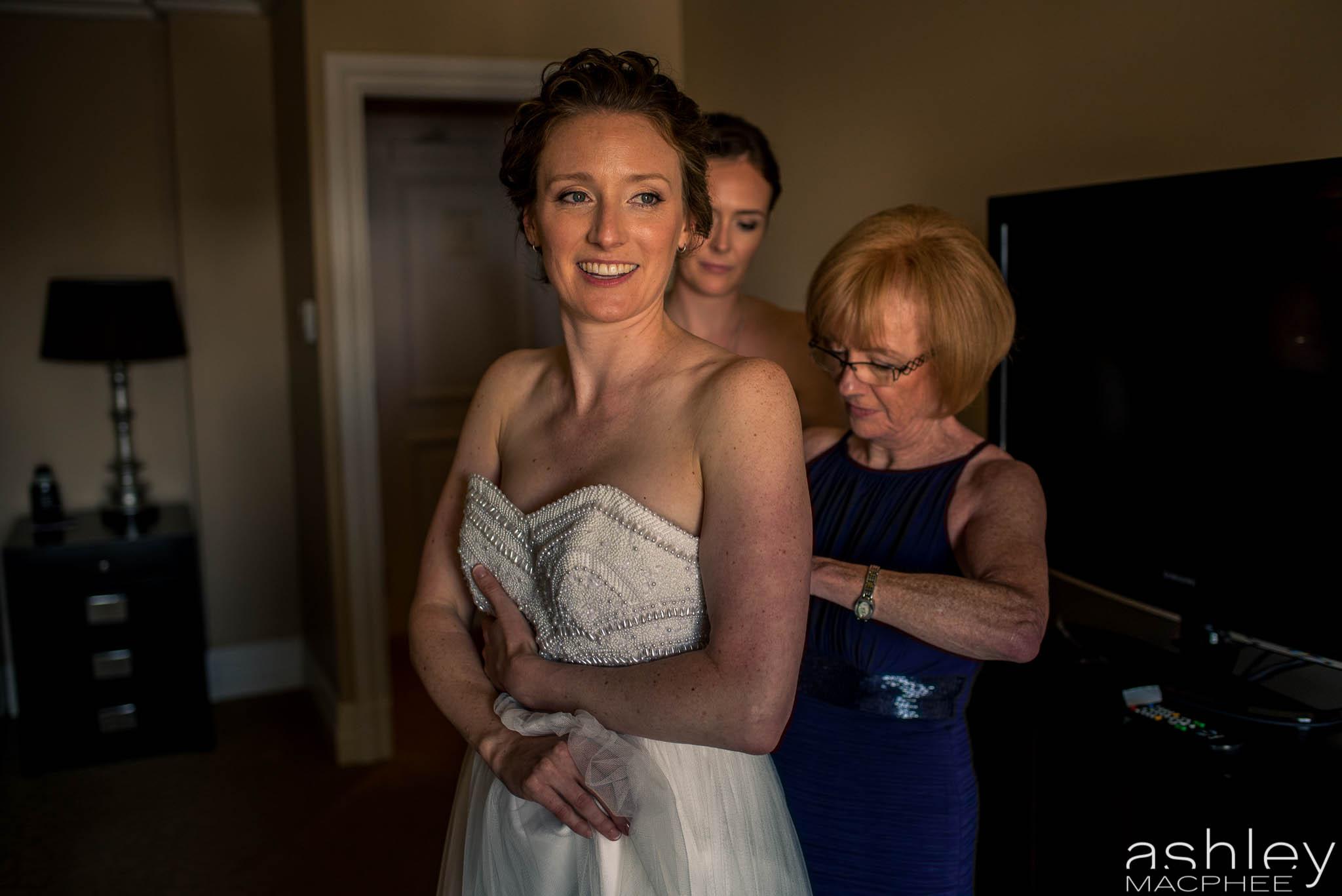 World Trade Center Montreal Wedding photos Jacquie Chris (4 of 101).jpg