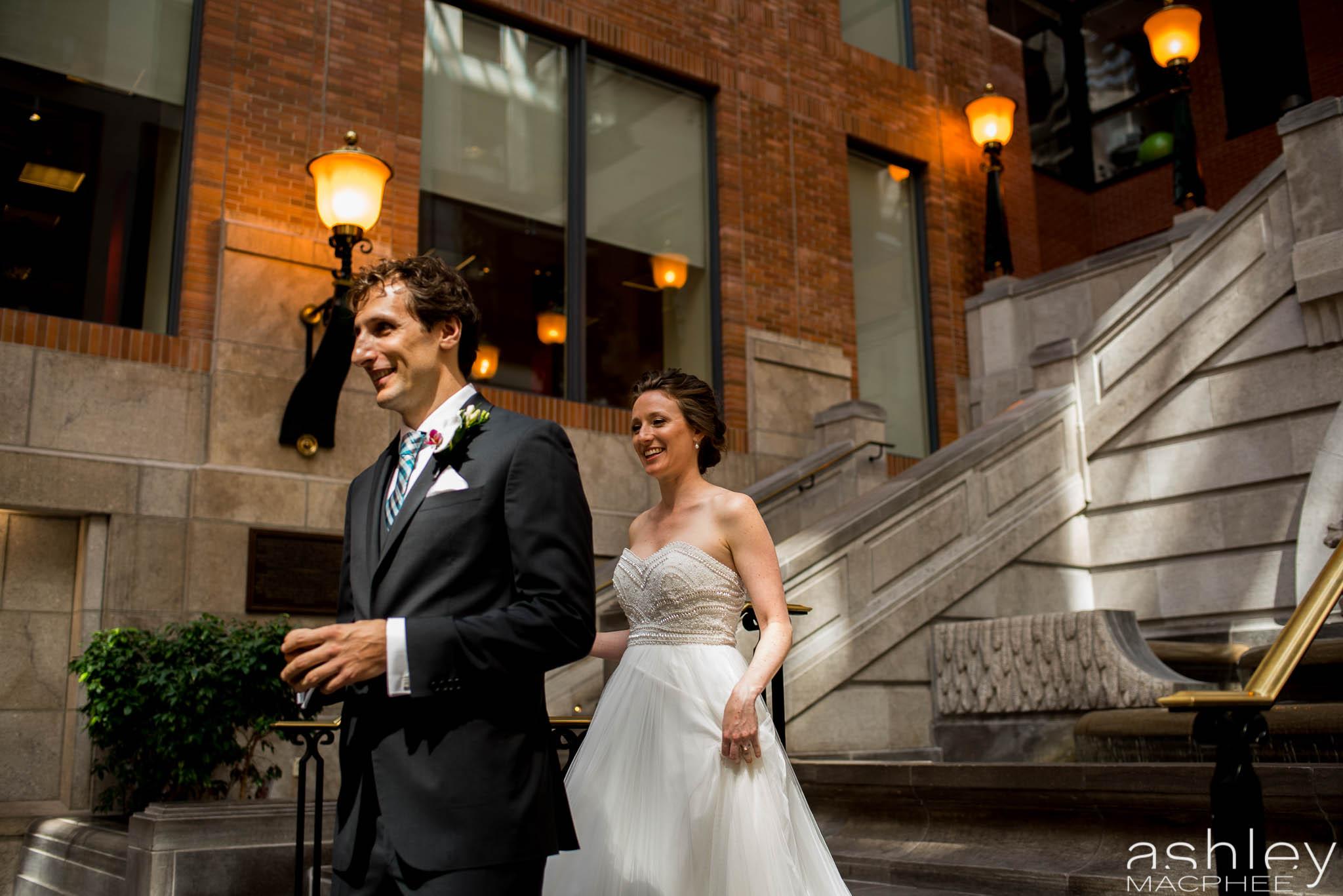 World Trade Center Montreal Wedding photos Jacquie Chris (16 of 101).jpg
