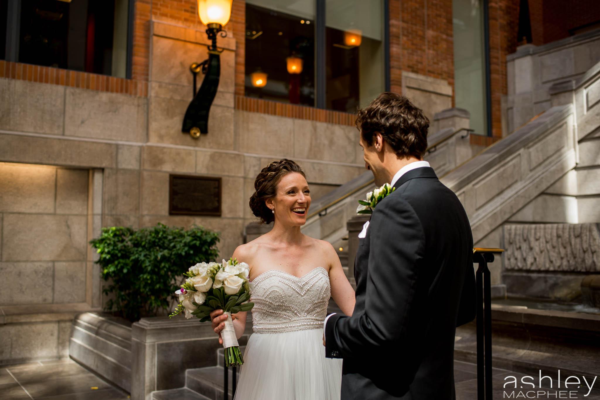 World Trade Center Montreal Wedding photos Jacquie Chris (17 of 101).jpg